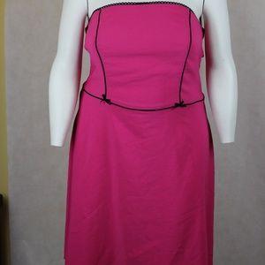 Torrid Fuschia Strapless Dress Made in USA Knee